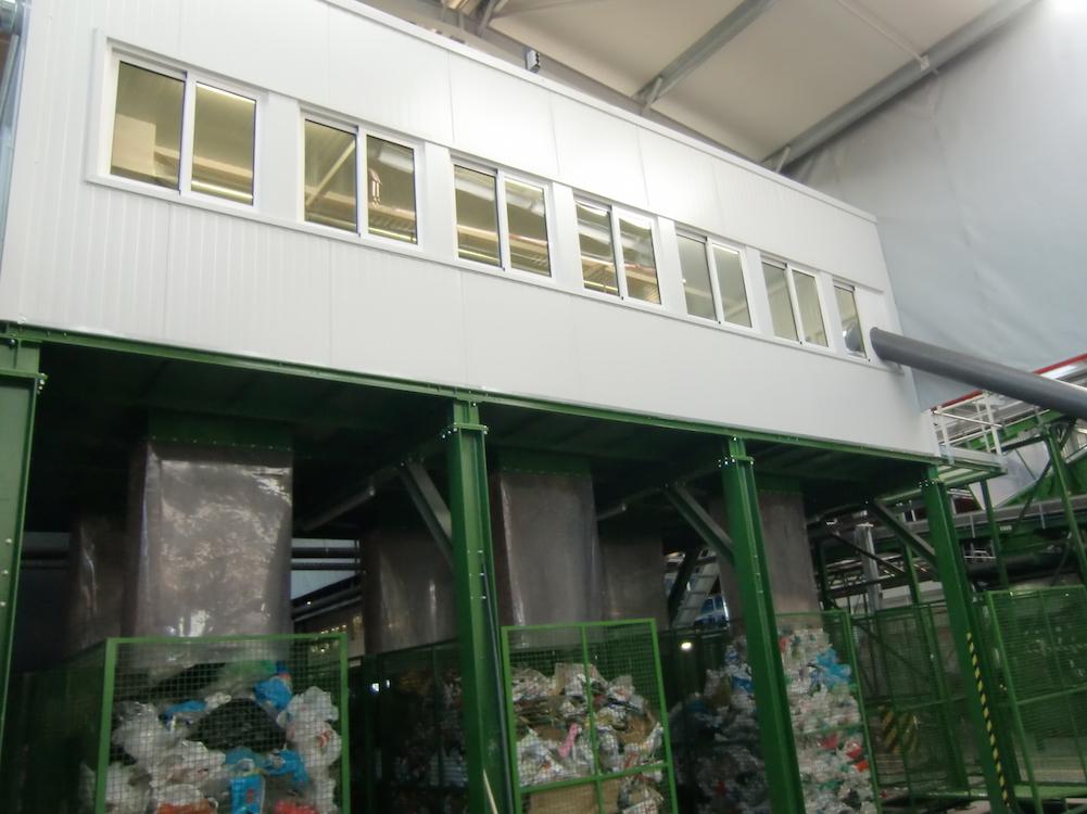 maul-sorting-cabin-2
